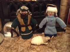 Knitted nativity Mary, Joseph and Jesus
