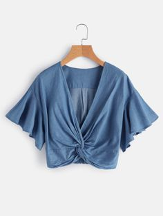 Twist Denim Crop Tops Blue Casual Knot Front Blouse Women Flutter Sleeve Tops Sexy V Neck Ruffle Blouse Denim Crop Top, Cropped Tops, Girls Summer Outfits, Girl Outfits, Cute Outfits, Fashion Outfits, Womens Fashion, Seattle Fashion, Crop Top Outfits