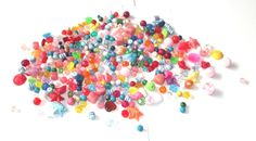 Mixed Plastic Beads - Mixed lot of plastic beads 250g approx by BunkysVintageCrafts on Etsy