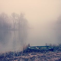 """Foggy morning in Weesp.  #Weesp #fog #winter #morning #cold #water #netherlands #city #calm #silent"""