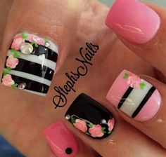 Best nail designs and tutorials for pretty, fashion nails. Fabulous Nails, Gorgeous Nails, Pretty Nails, Fancy Nails, Get Nails, Hair And Nails, Instagram Nails, Nail Swag, Flower Nails