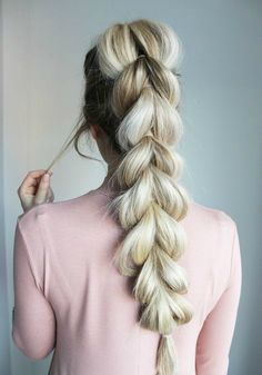 8 Easy Braids That Will Fix Any Bad Hair Day - DIYbunker These 8 easy braids are perfect for days that your hair isn't behaving or you simply want to keep it out of your face and eyes. Luxy Hair, Pull Through Braid, Box Braids Hairstyles, Winter Hairstyles, Quick Hairstyles, Stylish Hairstyles, Beach Hairstyles, Hairstyles 2018, African Hairstyles