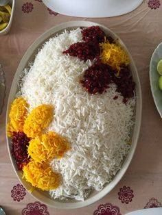 Bilge kadın food design – Very Recipes 2020 Iran Food, Iranian Cuisine, Good Food, Yummy Food, Food Garnishes, Food Platters, Food Decoration, Middle Eastern Recipes, Arabic Food