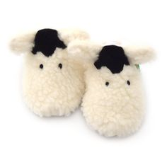Funky Feet Fashions - Shaggy Sheep, £18.99 (http://www.funkyfeetfashions.co.uk/baby-shoes-slippers/cosy-creatures/shaggy-sheep/)