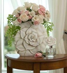 Incredible hand carved petal vase Incredible hand carved petal vase Incredible hand carved petal vase