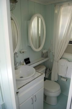 Kennebunkport - Bath of very small (285') cottage.  Located in bedroom area and off kitchenette behind the wll with the picture.
