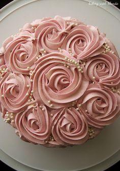GORGEOUS rosette cake