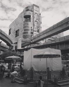 Rebuild #Erawan #shrine #bangkok #Ratchaprasong #thailand #snapthai