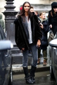 Lais Ribeiro | Model off Duty | Street style