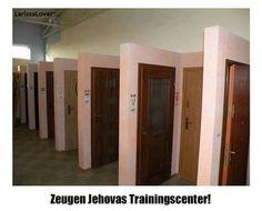 Entdeckt! Zeugen Jehovas Trainingscenter