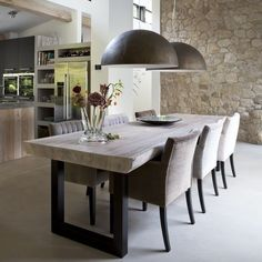 Sala de Almoço / Jantar para inspirar ✨Pendentes marcam o ambiente Fonte:https://goo.gl/TXJQtr