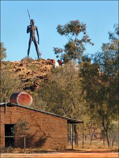 Anmatjere Man - At 17 metre tall he strikes an impressive figure as he overlooks Aileron and the surrounding region.