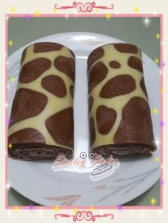 Smiley Baker: Giraffe patterned swiss roll