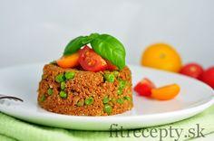 Quinoa s mletým morčacím mäsom a hráškom - FitRecepty Quinoa, Gnocchi, Meatloaf, Smoothies, Muffin, Food And Drink, Fitness, Breakfast, Anna