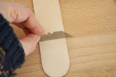 DIY leather door handles for kitchen cabinets Kitchen Cabinet Handles, Kitchen Cabinet Doors, Cupboard Doors, Kitchen Cabinets, Wardrobe Drawers, Black Door Handles, Black Doors, Socket Set, Leather Handle