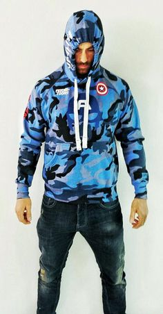 In honor of the legendary first Avenger, Friend-toons celebrates Captain America with a sweatshirt unique Limited Edition 1/1. To purchase the Sweatshirt Captain America Limited Edition contact us at our email address: info@friendtoons.com or visit our online shop www.friendtoons.com
