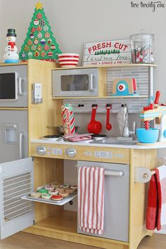 It is always fun to decorate a playroom for children for Christmas. There are many things that you can do to make this room as enjoyable as possible for children. When decorating the playroom, you … Christmas Themes, Kids Christmas, Diy Christmas Kitchen, Holiday Decorations, Playroom Organization, Playroom Ideas, Playroom Seating, Kid Playroom, Playroom Decor