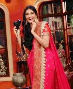 """Bollywood beauty Sonam kapoor in saree on the sets of Comedy Nights with Kapil to promote her movie """"Khoobsurat"""". She is cute in Anamika khanna deisgned br"""