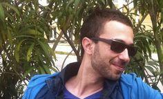 Ο Δημήτρης Αθηνάκης απαντά στο ερωτηματολόγιο του  L Mens Sunglasses, Fashion, Moda, Fashion Styles, Men's Sunglasses, Fashion Illustrations