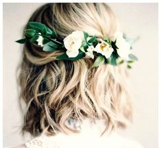 Wedding Hairstyles for Short and Long Hair 50 Superb Wedding Looks to Try if You Have Short Hair Curly Wedding Hair, Wedding Hairstyles With Veil, Wedding Hair Down, Wedding Hair And Makeup, Bride Hairstyles, Down Hairstyles, Short Bridal Hairstyles, Modern Hairstyles, Wedding Dress