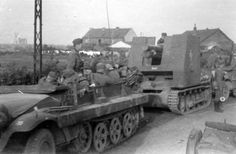 German Soldiers Ww2, German Army, Self Propelled Artillery, Ww2 Tanks, Armored Vehicles, World War Ii, Military Vehicles, Wwii, Germany