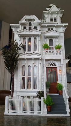 San Francisco Victorian dollhouse #dolls