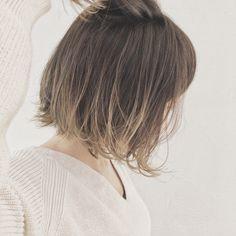 Medium Hair Styles, Short Hair Styles, Cool Haircuts For Girls, Love Hair, Hair Highlights, Hair Day, Ombre Hair, Hair Looks, Bob Hairstyles