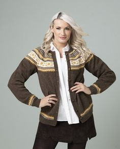 Ingrid Jakke - Viking of Norway Alpacas, Knit Patterns, Knit Cardigan, Vikings, Norway, Knitting, Crochet, Crafts, Color