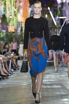 Combinación de colores azul y narnja Dior RTW SS14