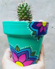 Idea Of Making Plant Pots At Home // Flower Pots From Cement Marbles // Home Decoration Ideas – Top Soop Flower Pot Art, Flower Pot Design, Flower Pot Crafts, Clay Pot Crafts, Diy And Crafts, Painted Plant Pots, Painted Flower Pots, Pots D'argile, Clay Pots