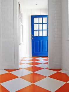 9 Designers' Bold Painted Floors Is your brown wood floor a bit of a bore? Nine designers show how they've used paint to make bold and colorful statements underfoot.  Read more: Painted Floor Designs - Painted Floor Ideas - House Beautiful  Orange and White