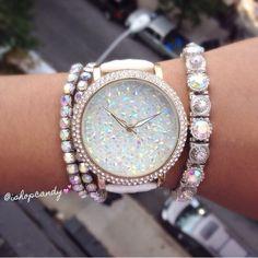 I neeeeed this watch!