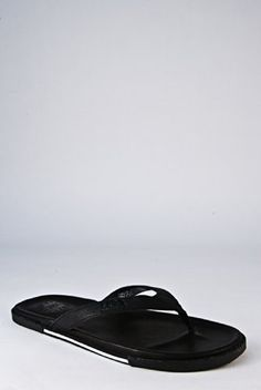 sale retailer 67972 3ed75 Shoe Shop, Clogs, Slippers, Sandal, Shoe Rack Store, Slide Sandals, Sneakers,  Shoes Sandals, Sandals