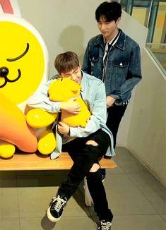 """Ok Shownu u get to hug Ryan bear so I'm hugging you ok."" ~Changkyun, probably"