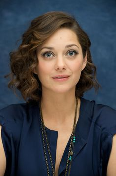 2013 Oscar Buzz - Best Actress Marion Cotillard. She is wonderful. And such cute style, especially the hair!
