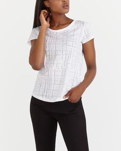 Refresh your collection of basics with this comfortable Printed Short Sleeve Tee. Pair it with shorts, jeans or your favourite legging for on-trend casual style.<br /><br />Ready-to-wear for: the office, running errands or a casual night out<br />