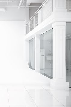 An Excess of White is an all-white photography studio nestled in Montreal. Available for rent! All White, White Photography, Montreal, Studios, Sunday, Spaces, Architecture, Home Decor, Arquitetura