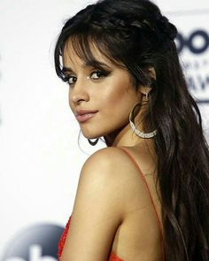 Best Camila Cabello's Hairstyles 22 Best Camila Cabello's Hairstyles - Fazhion Bang Bang, Camila Cabello Hair, Hair Inspo, Hair Inspiration, Rides Front, Camila And Lauren, How To Style Bangs, Hairstyles With Bangs, Latina Hairstyles