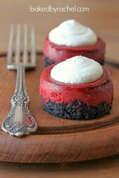 Mini Red Velvet Cheesecakes #chocolates #sweet #yummy #delicious #food #chocolaterecipes #choco #chocolate