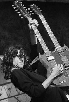 Jimmy Page in action.