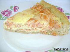 La meilleure recette de Tarte au saumon et boursin! L'essayer, c'est l'adopter! 4.2/5 (10 votes), 16 Commentaires. Ingrédients: Pâte à pizza fait maison ou une pâte du commerce 200 g de fromage ail et fines herbes 250 g de saumon fumé 3 oeufs 4 càs de crème épaisse Poivre Un peu de fromage râpé