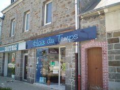 Les jeux de mots pourris des coiffeurs (une tendance en France chez beaucoup de commerçants)