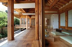 like size of posts   Under the deck ia where cars are parked.  The room with the big matts would be the bamboo room