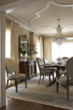 This would be a nice formal dining room for the dream home - View The Top Greensboro Interior Designers. Completely visual resource guide to the best contemporary traditional Greensboro interior designers Classic Dining Room, Elegant Dining Room, Dining Room Sets, Dining Room Design, Dining Room Drapes, Room Chairs, Formal Dining Rooms, Beautiful Dining Rooms, Design Kitchen