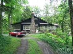 singles in phoenicia Level two training | phoenicia, ny accommodations range from single rooms (limited number) to sharing between 2-5 people, a bunk room and even cabin tents.