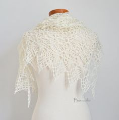 Lace crochet shawl off-white M188 by Berniolie on Etsy