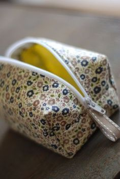 Boxy Zippered Pouch with Loop Tutorial | how to make a cosmetic case sewing pattern