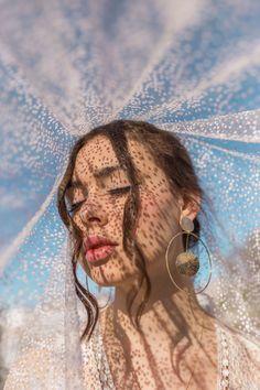 Creative Portrait Photography, Portrait Photography Poses, Photography Poses Women, Photography Editing, Artistic Photography, Inspiring Photography, Photography Tutorials, Digital Photography, Stunning Photography
