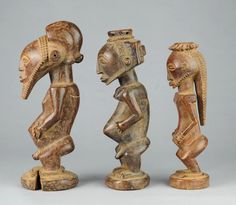 Fétiches et statue d'ancêtre Hemba Bahemba ancestor figure and fetishes. Congo RDC African Tribal Art Africain