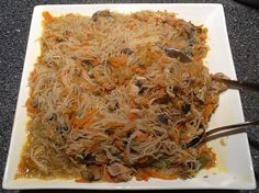 Filipino Style Rice Noodle Dish, I love this stuff! Never made it, but now I have no reason not to =D